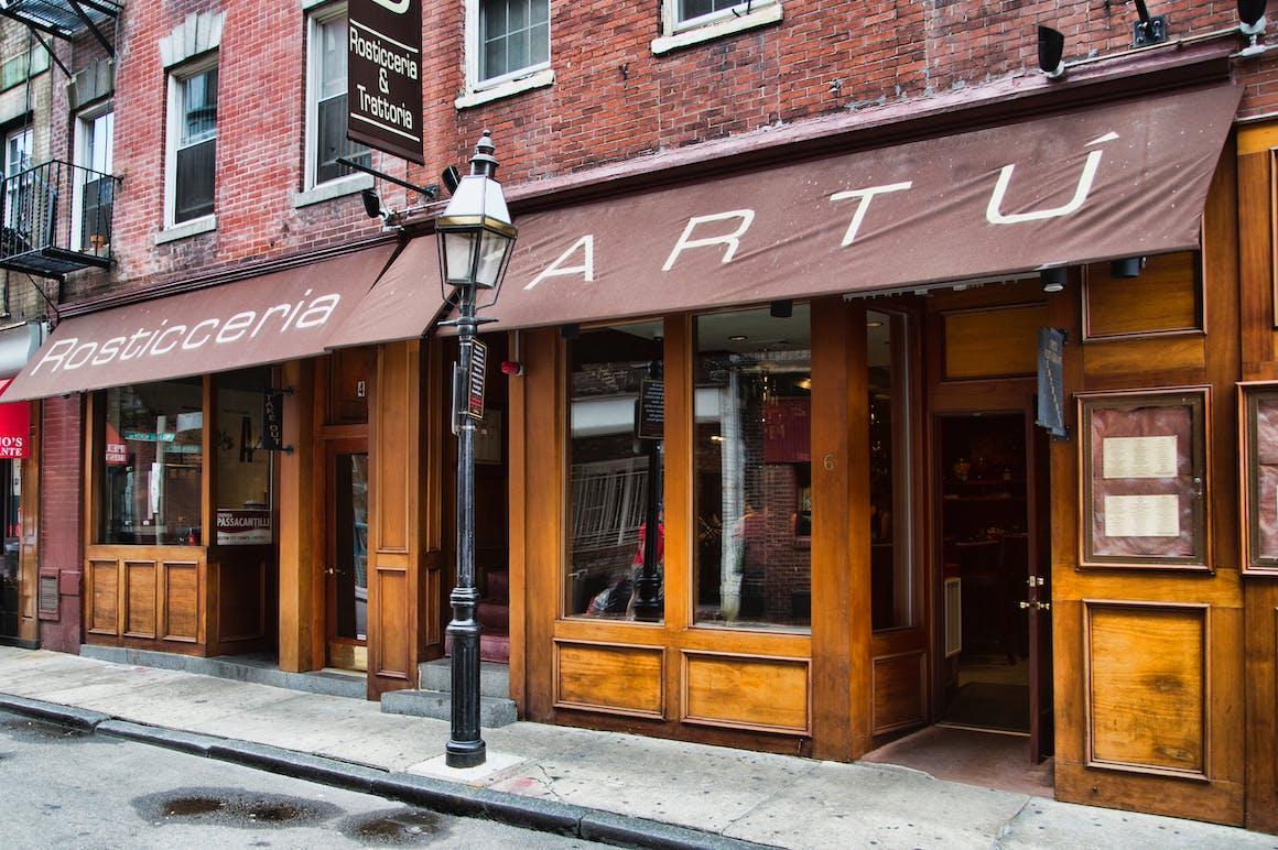 Artu's restaurant story