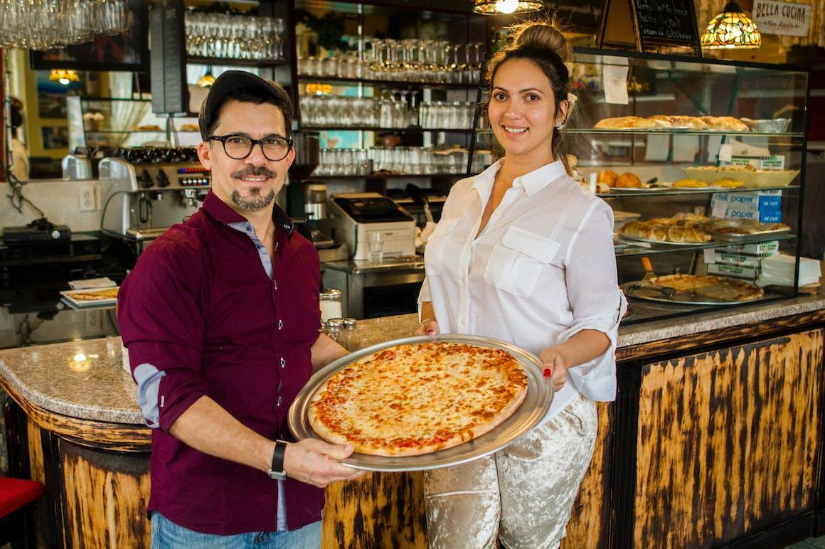 Pronto Pizzeria's restaurant story