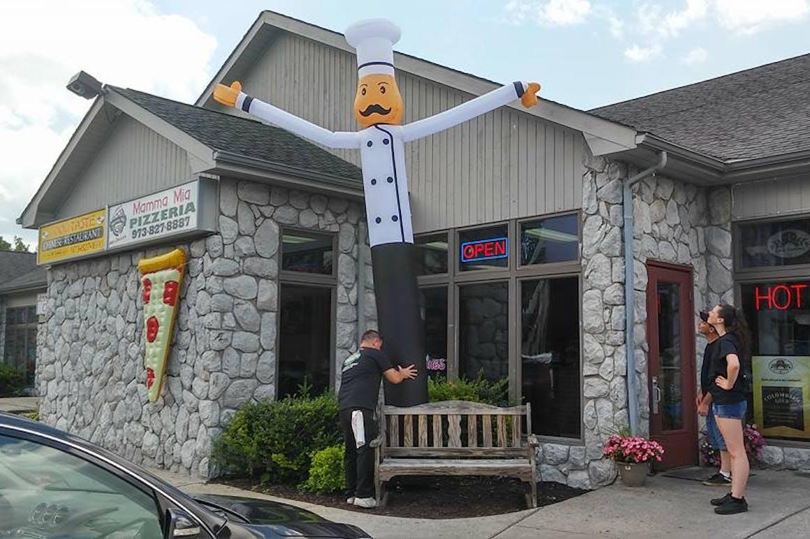 Mamma Mia's Pizzeria's restaurant story