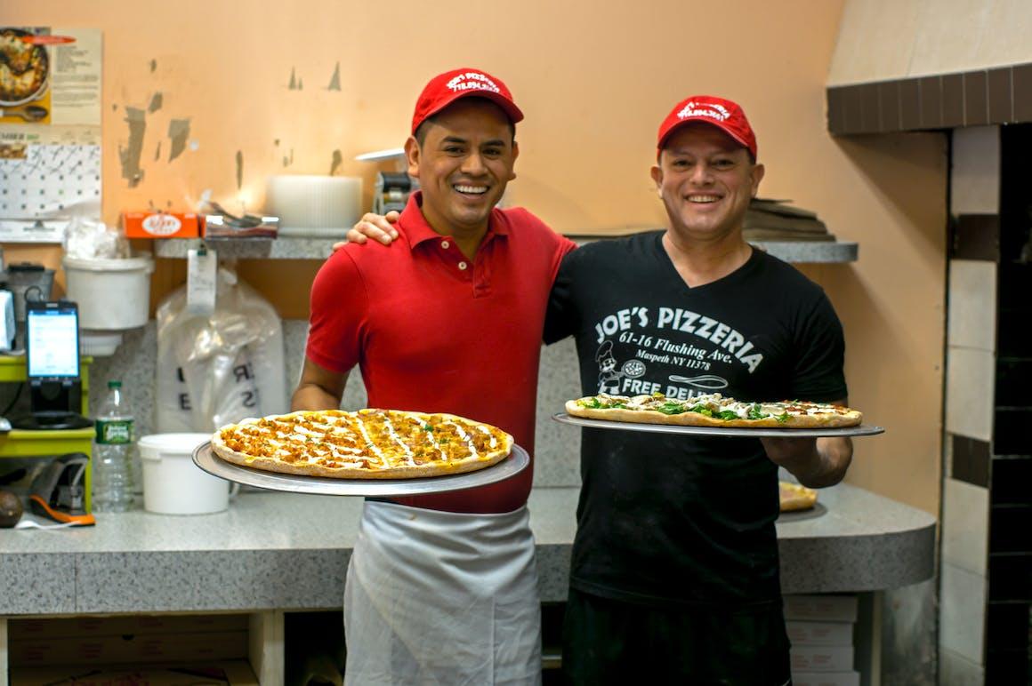 Joe's Pizza's restaurant story