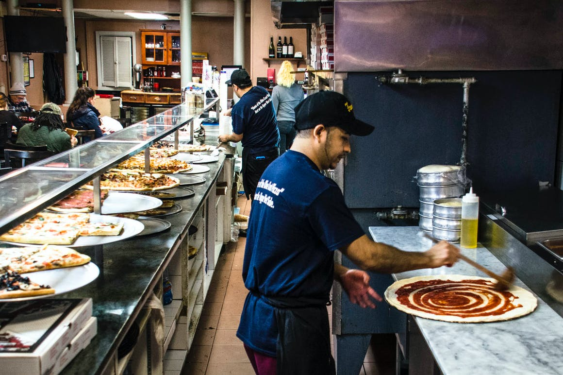 Francesco's Pizza's restaurant story