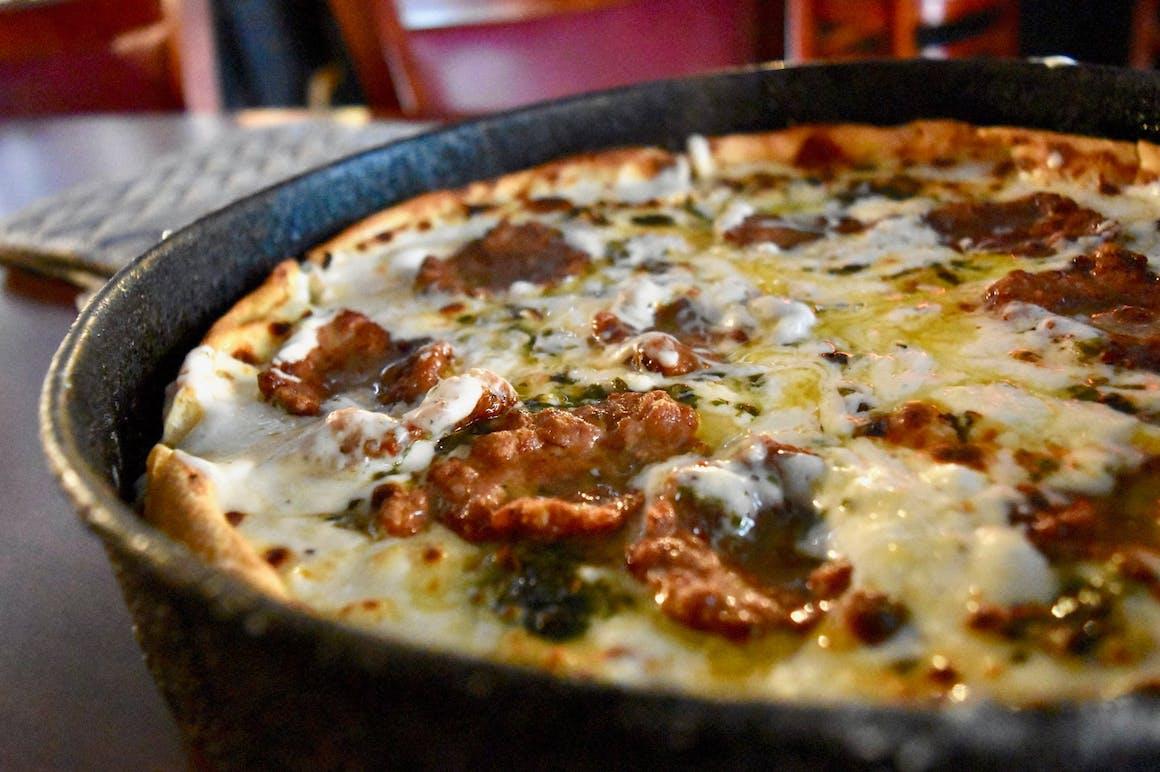 Paoli's Pizzeria & Piano Bar's restaurant story