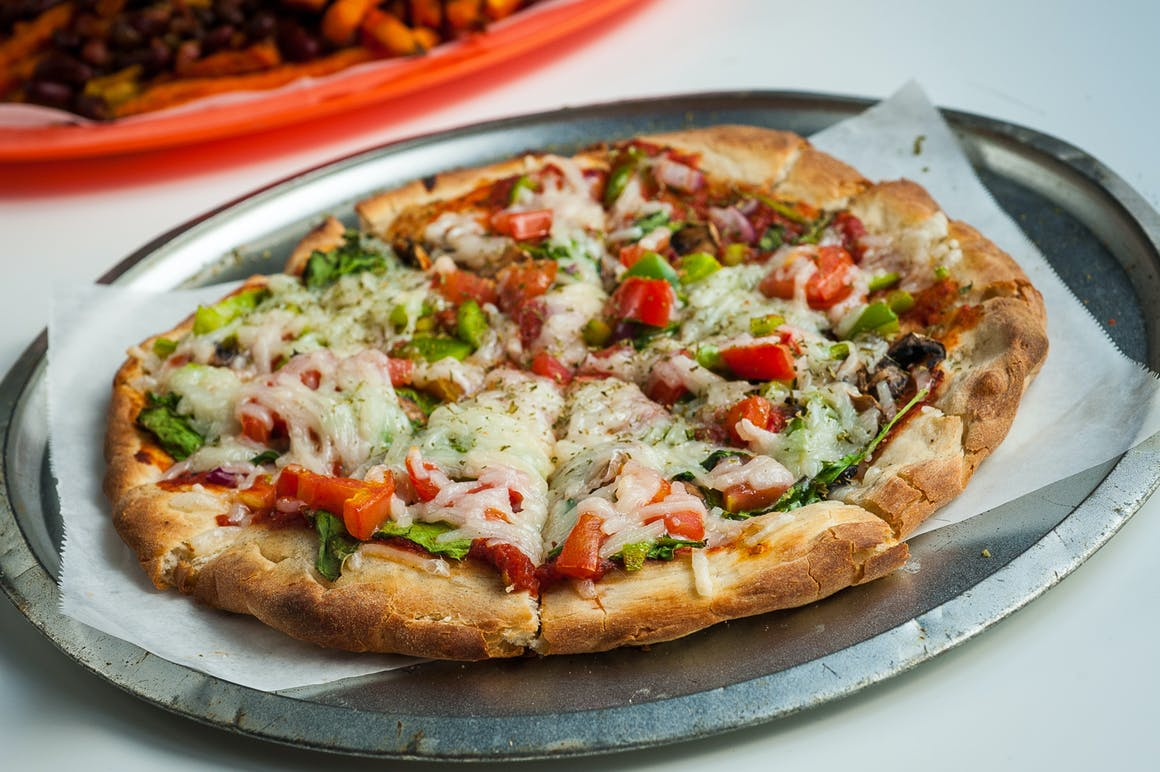 Bakaris Plant Based Pizza's restaurant story